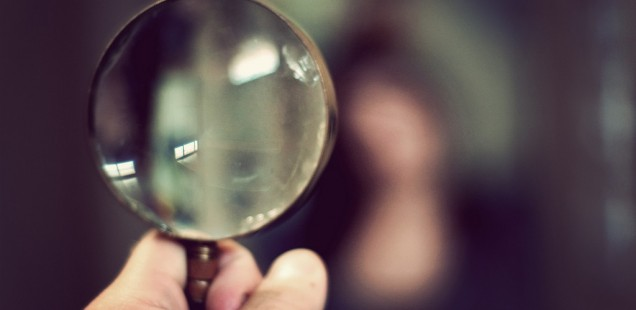magnifying-glass-macro-06-jpg-636x310