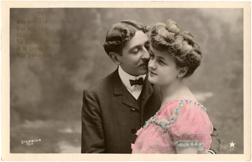 Romantic-Couple-Old-Photo-Valentine-2015